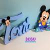 Nombre en madera Mickey para pared