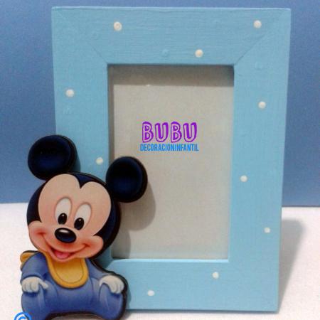 Marcos para fotos de Mickey bebé
